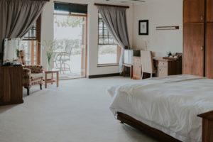 Romantic getaway at Cana Vineyard Guesthouse Honeymoon suite